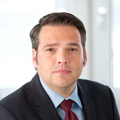 Axel Schwab, Fachanwalt