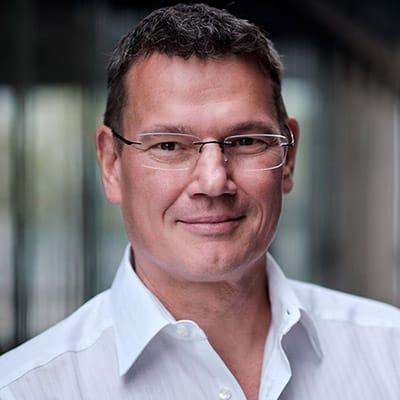 Ralph Suikat, Jurebus